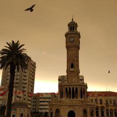 İzmirlileri Kasvetli Bir Güne Uyandıran Gökyüzü Renginin Sebebi Nedir?