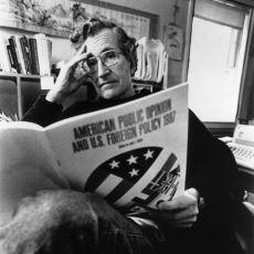 Noam Chomsky ve Michel Foucault'nun Dil Konusunda Birbirinden Farklı Düşünceleri