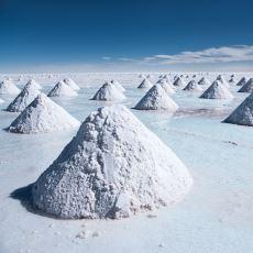 Bolivya'da Bulunan Dünyanın En Büyük Tuz Gölü: Salar de Uyuni