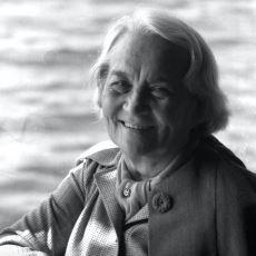 Türkiye'nin İlk Kadın Parti Genel Başkanı Olan Behice Boran'ın Mücadele Dolu Hayat Öyküsü