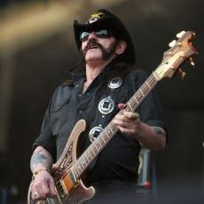 Ölmekte Olduğunu Bilmesine Rağmen Sahnelerde Kalmaya Çalışan İdol: Lemmy Kilmister