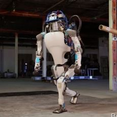 Boston Dynamics'in Yeni Robotu: Atlas