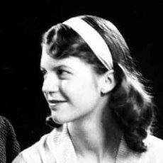 Sylvia Plath'in, Ariel Kitabındaki İki Şiirde Annesine Yaptığı Muazzam Gönderme