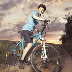 Bisiklet Güvenliği Açısından Büyük Önem Taşıyan Işık ve Kask Konularında Tavsiyeler