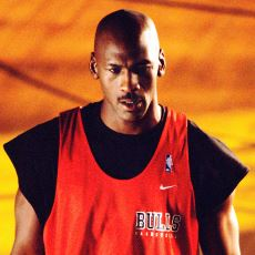 """Emekli Michael Jordan'ın, Bir Çaylağın """"Birebirde Seni Yenerim"""" İddiasına Verdiği Cevap"""