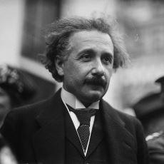 Einstein'in Yazdığı Bir Makalede Hata Bulan Amerikalı Profesör İle Einstein'ın İlginç Hikayesi
