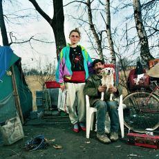 Birçok Farklı Kültürel ve Ekonomik Seviyeden Adamla Evliymişçesine Objektif Karşısına Geçen Fotoğrafçı