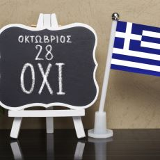 Bilimden Felsefeye Birçok Alana Binlerce Sözcük Kazandırmış Zarif ve Derin Bir Dil: Yunanca