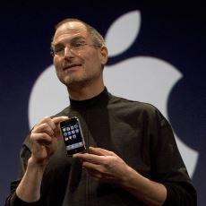 Kemerlerde Taşınan Takoz Telefonlardan Sonra Hayatımızı Değiştiren iPhone'un Doğuş Hikayesi