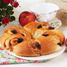 Kuzey Avrupa'da Sıkça Tüketilen Lezzetli Lucia Çörekleri Tarifi