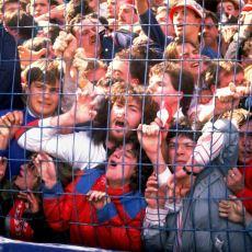 İngiltere'de Futbol Sahalarındaki Tellerin Kaldırılmasına Sebep Olan Korkunç Olay: Hillsborough Faciası