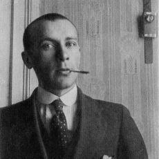 Rusların Dünyaya Kazandırdığı En Sıkı Kara Mizahçı Edebiyatçılardan Biri: Mihail Bulgakov
