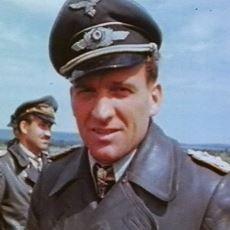 2. Dünya Savaşı'nda Tek Başına 519 Sovyet Tankını Uçurmuş Alman Asker: Hans-Ulrich Rudel