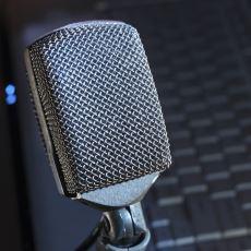 Canınız Sıkıldığında Keyifle Vakit Geçirebileceğiniz Podcast'ler