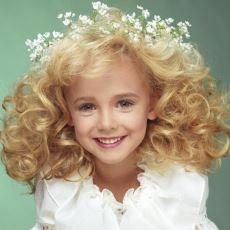 Cinayeti 22 Yıldır Çözülemeyen 6 Yaşındaki Güzellik Kraliçesi: JonBenet Ramsey