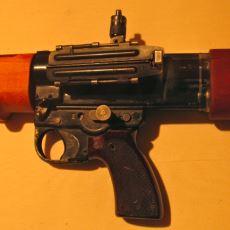 Alman Teknolojisi Överken Arabalardan Önce Gelmesi Gereken Otomatik Tüfek: FG42