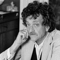 Aşmış Bilim Kurgu Yazarlı Kurt Vonnegut'un 1988 Yılında 2088'e Hitaben Yazdığı Mektup