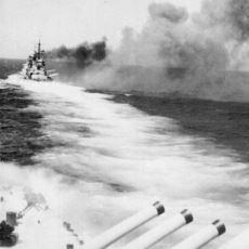 İngiliz ve İtalyan Donanmasının, Çarpışmak İstememesine Rağmen Çarpıştığı Calabria Savaşı