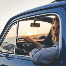 Gülmemek İçin Kendinizi Zor Tutacağınız Bir Hikaye: Dandik Arabaya Binen Karizma Adam
