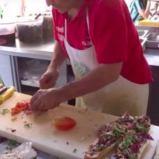 Bunları İnsan Yiyecek İnsan: İtalya'da 5 Euro'ya Satılan Fantastik Sandviç