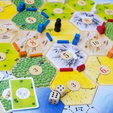 MÖ 5000 Yılından Günümüze: Kutu Oyunlarının Detaylı Tarihi