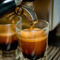 Espressonun Ekşi Tat Verme Sebepleri ve Düzeltmek İçin Yapılması Gerekenler