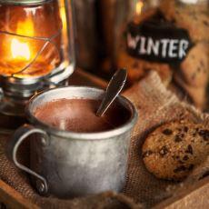 Soğuk Havaları Çekilir Kılan Bir Detay Olan Sıcak Çikolatanın Pratik Evde Yapım Tarifi
