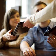 Sipariş Verdikten Hemen Sonra Garsonlar Neden Menüyü Alır?
