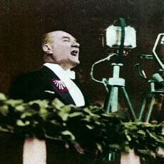 Atatürk'ün Nutuk'ta Bahsettiği Tek Yabancı Eser, Neden H.G. Wells'ten Outline of History?
