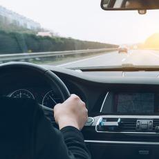 Güven İçinde Bir Seyahat İçin Araba Kullanmaya Yeni Başlayacak Sürücülere Tavsiyeler