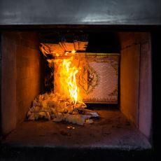 Ölen İnsanların Cesedini Yakma Geleneği: Kremasyon