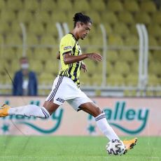 Fenerbahçe, 9 Kişi Kalan Hatayspor'a Neden Gol Atamadı?