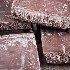 Çikolatanın Bekleyince Beyazlaşması Sorunu ve Çözümü