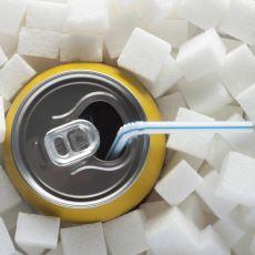 Alkolle ve Sigarayla Savaştığımız Gibi Neden Net Bir Şekilde Şekerle de Savaşmalıyız?