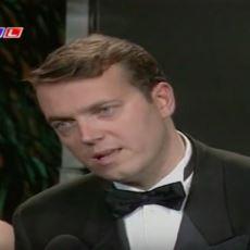 Kalitenin Havalarda Uçuştuğu Anlar: Cem Uzan'ın 1996 Kral TV Müzik Ödülleri Konuşması