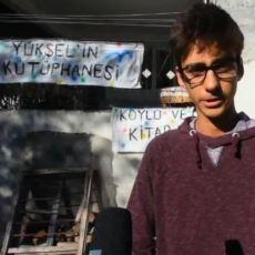 Evlerinin Ahırını Binlerce Kitapla Kütüphaneye Çeviren Lise Öğrencisi