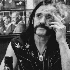 Rock'n Roll'u Gerçek Anlamıyla Yaşayan Son İnsan: Lemmy Kilmister'ın Hayat Öyküsü