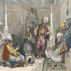 Osmanlı İmparatorluğu'nda Yeşil Renk Ayakkabı ve Çorap Giymek Neden Yasaktı?