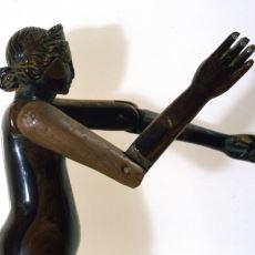 Milattan Sonra 2. Yüzyıldan Günümüze Ulaşan 8 Yaşında Mumya İle Birlikte Bulunan Oyuncak Bebek