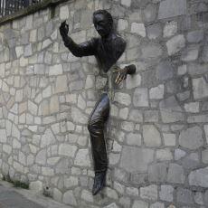 Yeterli Sayıda Deneme Yaparak Duvarın İçinden Geçebilir miyiz?