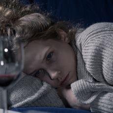 Beklentilerin Gözden Geçirilmesi Gereken Durum: Eğlenceli Geceden Eve Dönünce Çöken Mutsuzluk