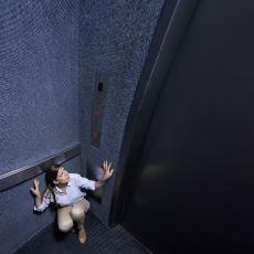 Asansörde Neden Tanımlayamadığımız Garip Bir Rahatsızlık İçinde Oluruz?
