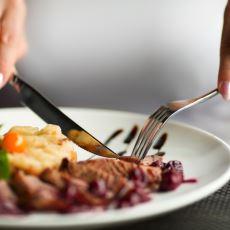 Günde Üç Öğün Et Yemek Ne Kadar Sağlıklı Bir Tercih?
