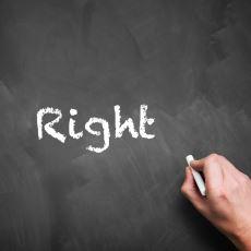 İngilizcedeki Right Kelimesi Neden Hem Sağ, Hem de Doğru Anlamına Geliyor?