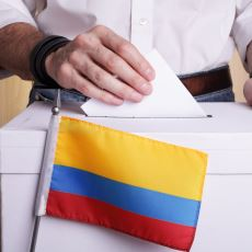 """Kolombiya'nın """"Boş Oy"""" Olayını Anlamlı Kılan İlginç ve Güzel Seçim Sistemi"""
