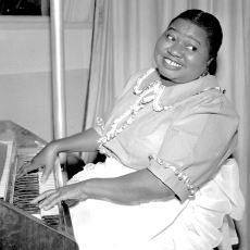 Rüzgar Gibi Geçti'deki Rolüyle, Oscar Ödülü Kazanan İlk Siyahi Oyuncu: Hattie McDaniel