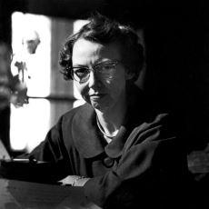 Güney Gotiğinin Karanlığını Yüreğinize Oturtan Müthiş Yazar: Flannery O'Connor