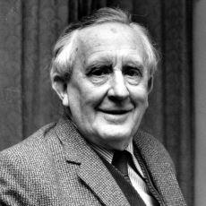 JRR Tolkien Külliyatı Hangi Sırayla Okunmalı?