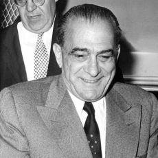 Amerika'nın En Büyük Mafya Liderlerinden Vito Genovese'in Olaylarla Dolu Hayat Öyküsü