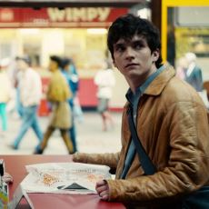 Black Mirror'ın Devrim Yaratan İnteraktif Filmi Bandersnatch'in Ayrıntılı İncelemesi